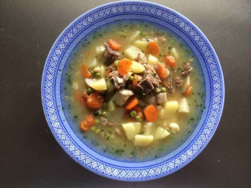 Gemüseeintopf mit Rindfleisch