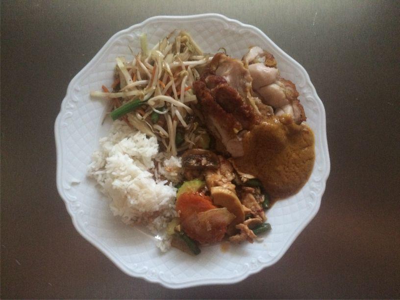 Teller Essen vom Thai