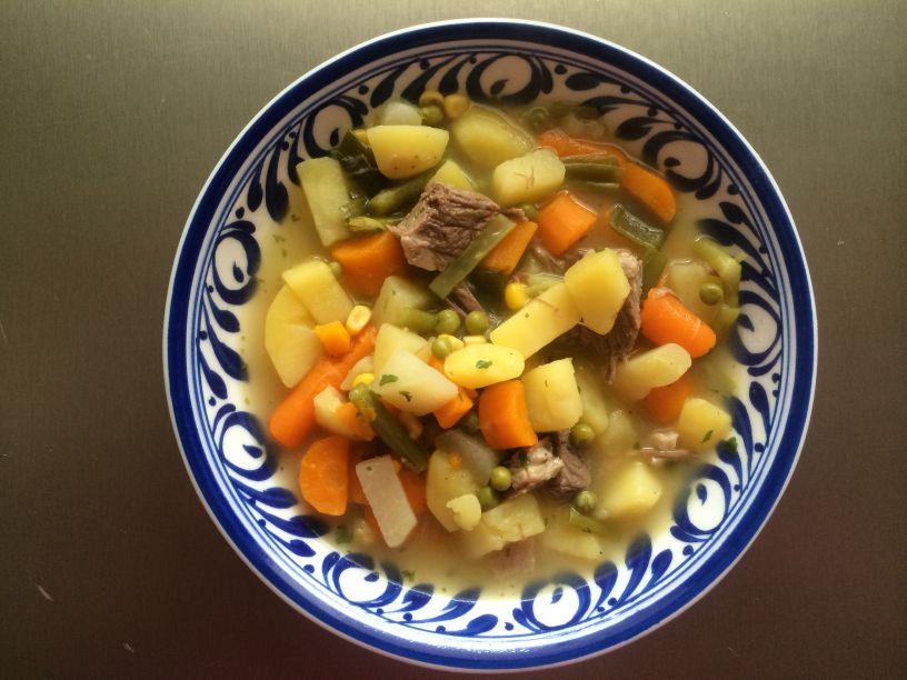 Teller Gemüse Eintopf