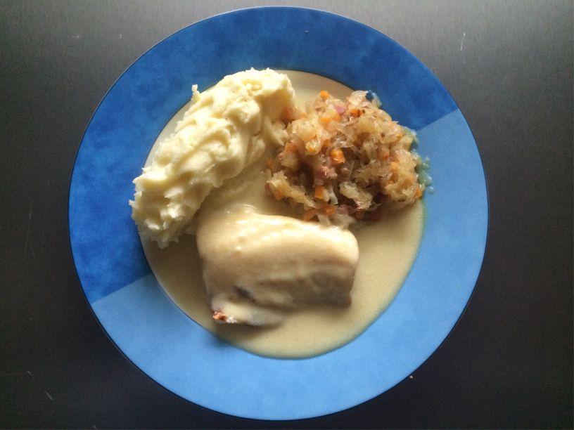 Teller Kabeljau Sauerkraut